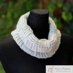 Alpaca Cowl Blue White